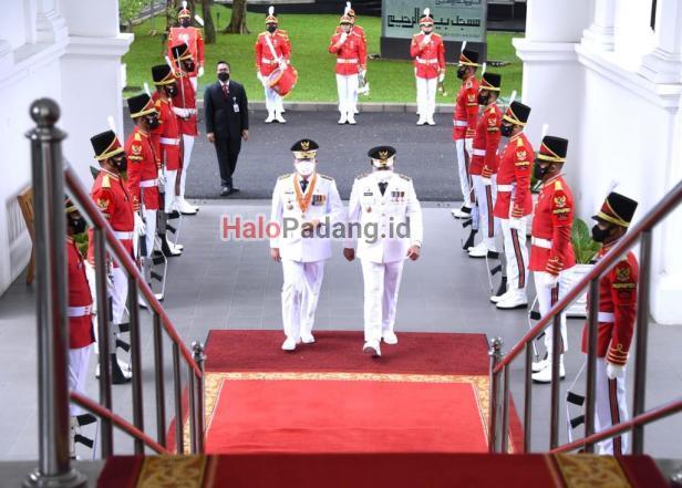 Presiden Lantik Gubernur Sumbar. Mahyeldi Bicara Soal UMKM 1