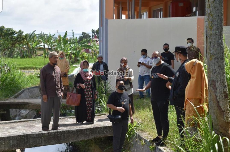 Andre Rosiade Bantu Bangun Jembatan Untuk SMP Al Falah Bukittinggi 1