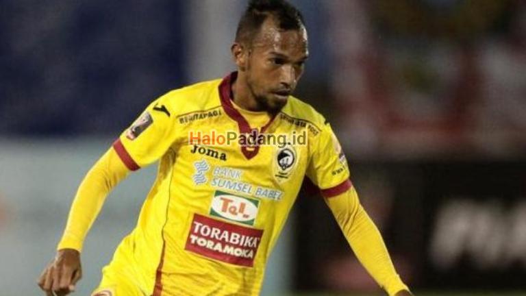 Hengkang dari Semen Padang, Nur Berlabuh ke Sriwijaya FC 1