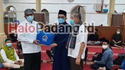 I'tikaf Makin Menggema di Padang, Hendri Septa Resmi Buka Kegiatan di Masjid Jihad Perak 5