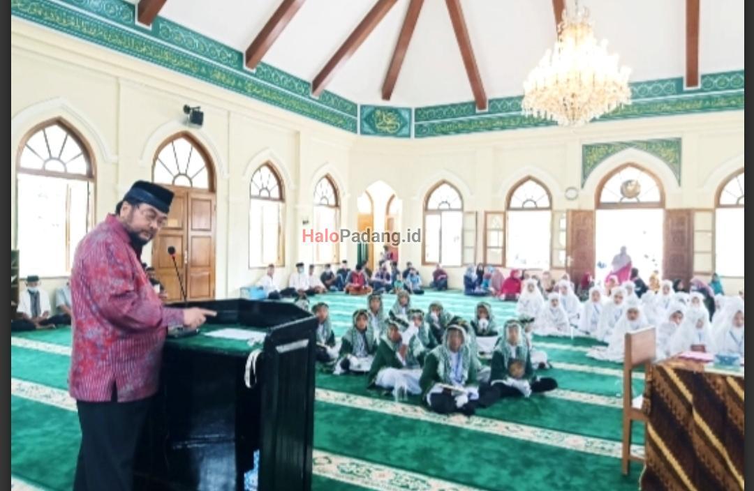 Senator Asal Koto Gadang Support Pelaksanaan Khatam Alquran di Kampung Halamannya 1