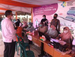 Warga Antusias Divaksin di Kawasan PT Japfa Comfeed Indonesia