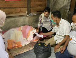 Terkena Stroke, Pedagang Lontong di Nanggalo Terima Bantuan Andre Rosiade